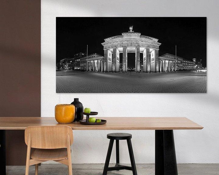 Sfeerimpressie: BErlin Brandenburger Tor zwart-wit van Frank Herrmann