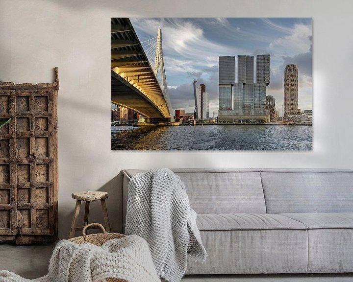 Sfeerimpressie: Rotterdam, Erasmusbrug, Nieuwe Maas en Wilhelminapier van Frans Blok