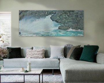Ausguss - Feuer - Naturgewalt - Meer - Sprühendes Wasser - Spritzer - Malerei von Schildersatelier van der Ven