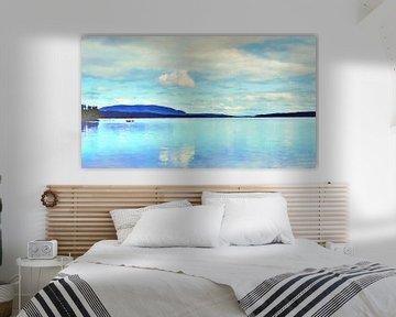 Pêcheurs sur un bateau sur un lac entre forêt et montagnes - Peinture