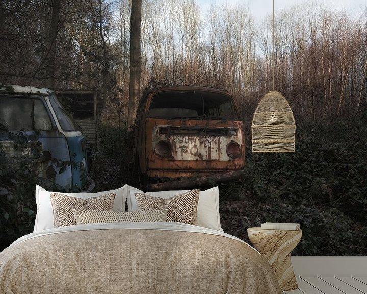 Sfeerimpressie behang: Oude Volkswagen Transporter van Maikel Brands