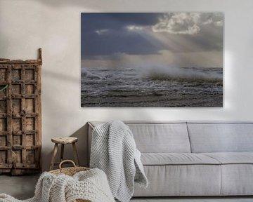 Opspattende golven met jacobsladder van Menno van Duijn