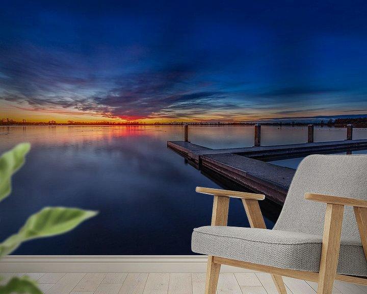 Sfeerimpressie behang: Zonsondergang in Zoetermeer van Tom Roeleveld
