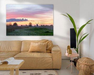 Hollandse molen met kleurrijke lucht