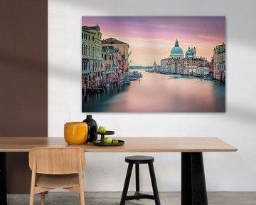Venedig in Rosa von Manjik Pictures