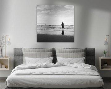 Der einsame Strandspaziergänger von FRE.PIC