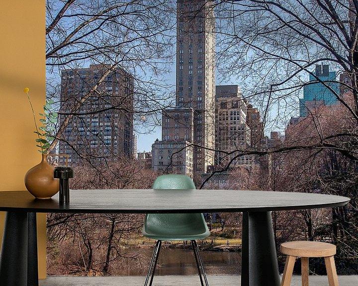 Sfeerimpressie behang: Zicht op 5th Avenue vanuit het Central Park, NYC van Wijbe Visser