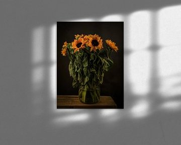 """Modern stilleven bloemen in een vaas """"De Zonnebloemen"""""""