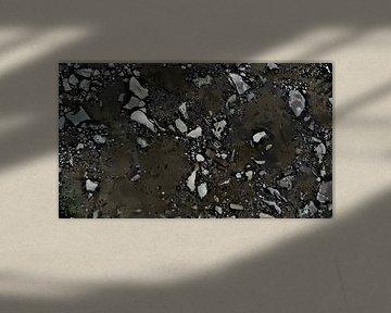 Abstract - Figuratief - Verschillende Stenen Verspreid in de Grond - Schilderij