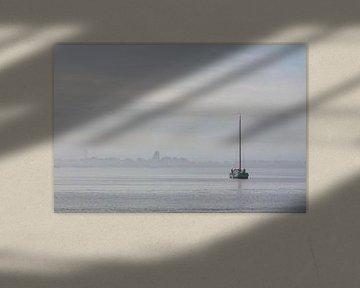 Skûtsje in de mist van ThomasVaer Tom Coehoorn