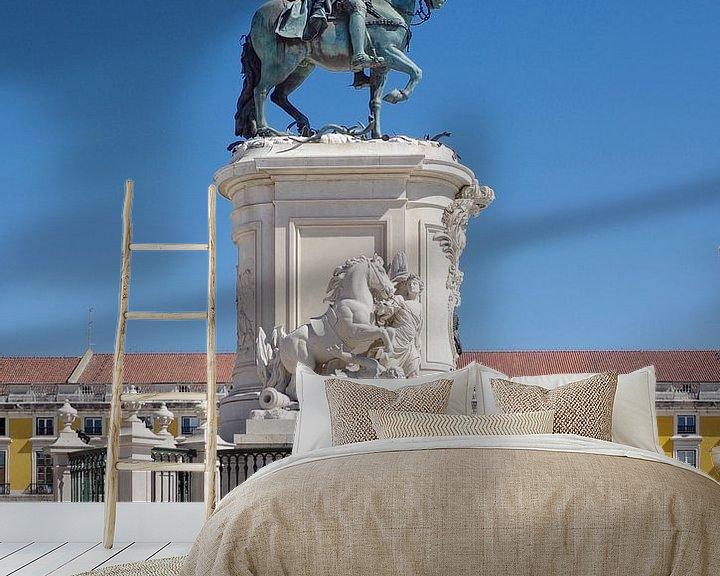 Sfeerimpressie behang: Het ruiterstandbeeld van José I, ontworpen door Joaquim Machado de Castro van Berthold Werner