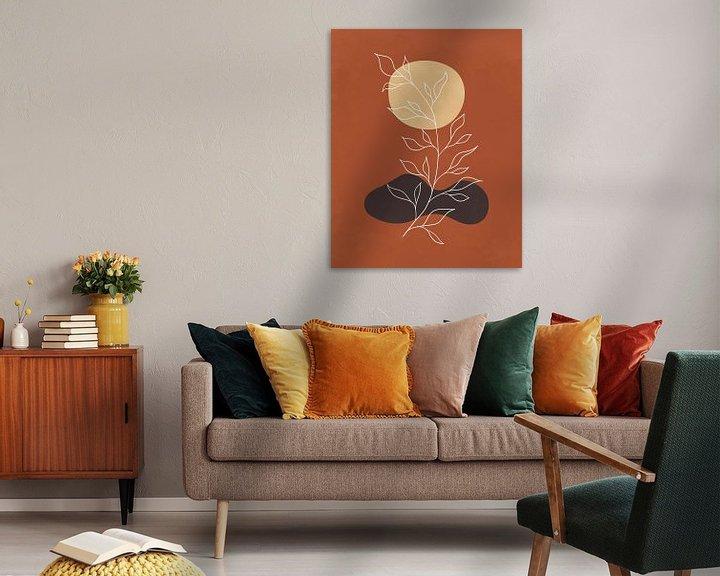 Sfeerimpressie: Minimalistisch abstract landschap met een plant in herfstkleuren van Tanja Udelhofen