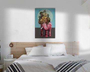 About Pink Elephants von Marja van den Hurk