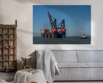 Hollands Glorie! Aankomst van de Sleipnir in de haven van Rotterdam op 20 maart 2020. van Jaap van den Berg