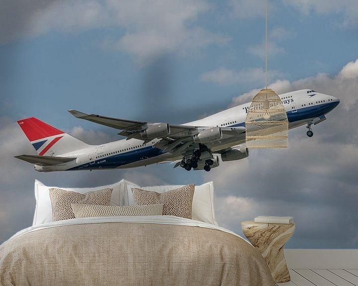 Sfeerimpressie behang: 100 jaar British Airways! Take-off van de Boeing 747-400 van British Airways die ter gelegenheid van van Jaap van den Berg