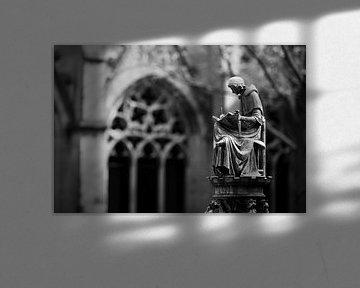 Monnik bij De Dom in Utrecht sur Gerard Burgstede