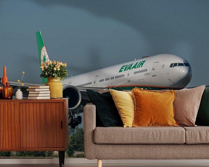 Impression: Boeing 777-300 de la compagnie aérienne taïwanaise EVA AIR juste avant d'atterrir sur la piste Polde sur Jaap van den Berg