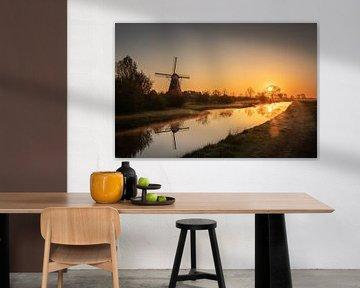 Zonsopkomst met molen 2 van Cynthia Verbruggen