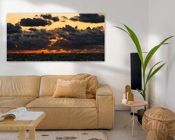 Een stormachtige avond boven het IJsselmeer van Damien Franscoise