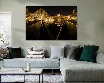 Spiegelung des Louvre im Wasser von Damien Franscoise