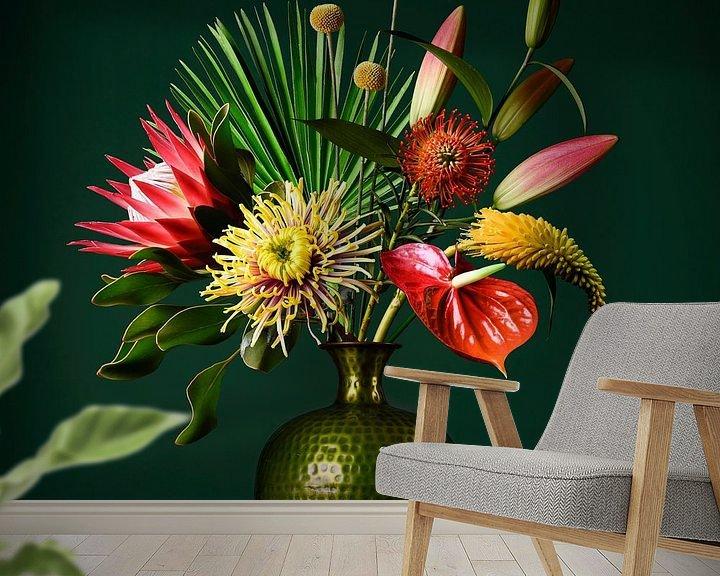 Sfeerimpressie behang: Bloemen Stilleven van Petri Vermunt