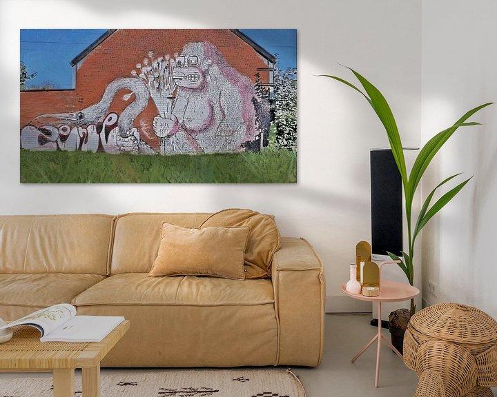 Sfeerimpressie: Urbex - De Brute Gorilla - Graffiti in het Straatbeeld van Doel, België - Schilderij van Schildersatelier van der Ven