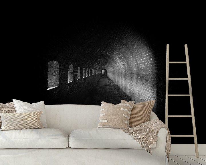Sfeerimpressie behang: Licht in de Tunnel van Maikel Brands