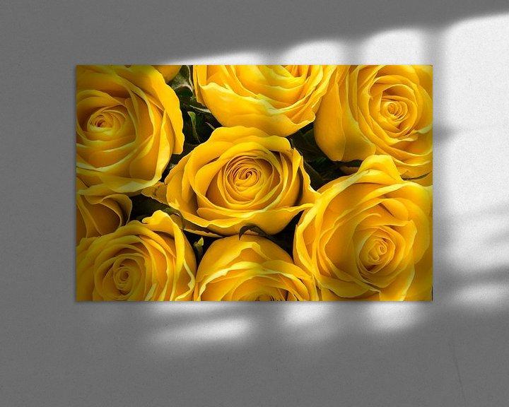 Sfeerimpressie: Zeven gele rozen van Frans Blok
