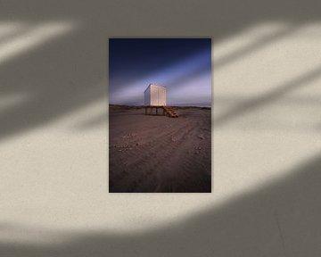Maison de plage après le coucher du soleil sur Thom Brouwer