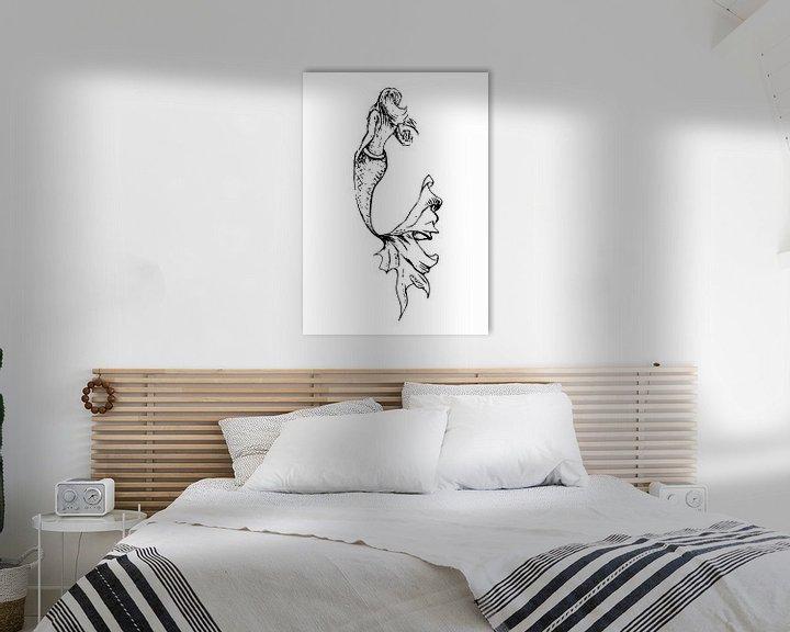 Impression: Illustration au stylo à encre d'une sirène avec une queue gracieuse sur Emiel de Lange