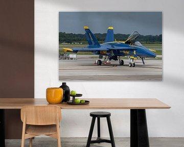 """De Boeing F/A18 C Hornet #1 van de """"Boss"""" (commandant) van de Blue Angels staat klaar om t van Jaap van den Berg"""