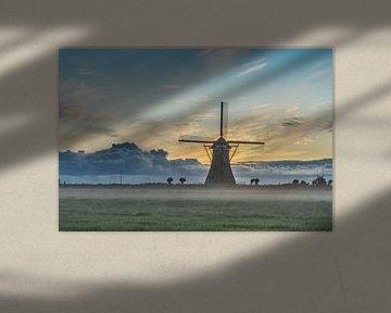 Dreigende wolken boven de Boezemmolen no. 6 van Rossum-Fotografie