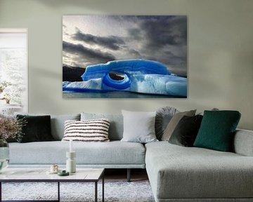 Blauwe ijsberg van Antwan Janssen