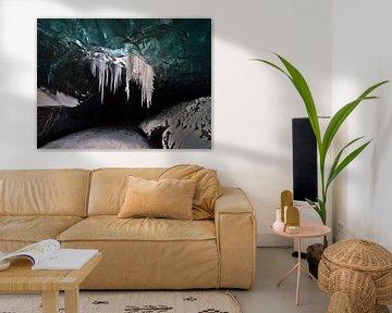 Moulin in de ijsgrot van Timon Schneider