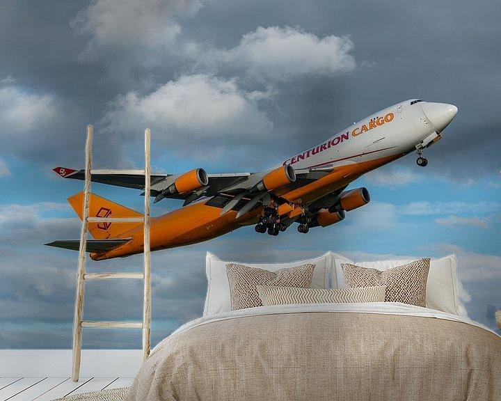 Sfeerimpressie behang: Take-off! Boeing 747-400 Cargo van Centurion Cargo is zojuist opgestegen van de Kaagbaan. van Jaap van den Berg