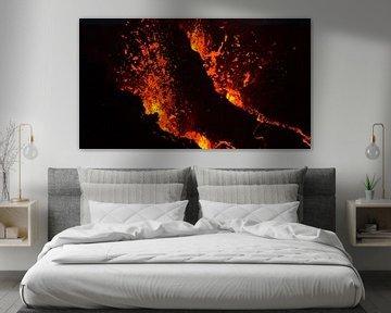 Lava spuwende vulkaan van Timon Schneider