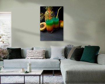 Cocktail in den Farben des Regenbogens . von Babetts Bildergalerie
