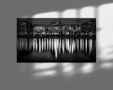 Nijmegen bei Nacht (schwarz-weiß) von Lex Schulte