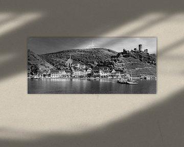 Panorama van Beilstein in zwart-wit.