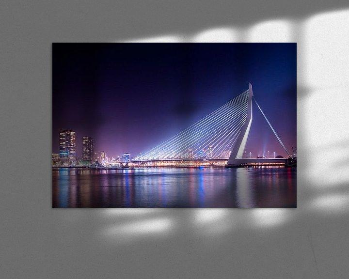 Sfeerimpressie: Erasmusbrug bij nacht van Hans van den Beukel