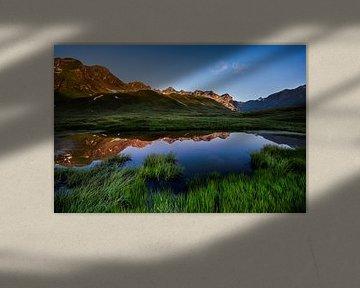 Alpen glow van Hans van den Beukel