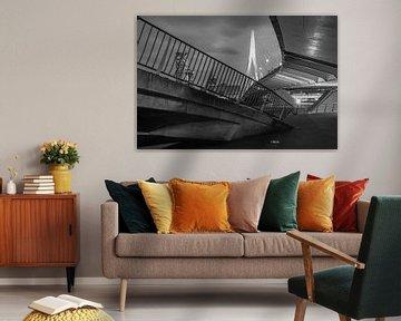 De architectonische Erasmusbrug in Rotterdam in zwart/wit van MS Fotografie | Marc van der Stelt