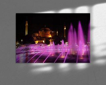 Hagia Sophia in Istanbul   by night (1) van Antwan Janssen