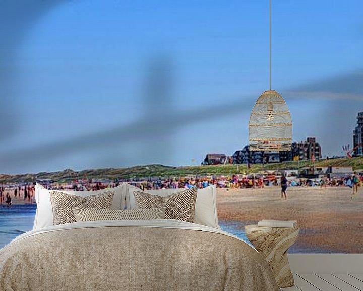 Sfeerimpressie behang: Egmond aan Zee Strand Vuurtoren Panorama van Hendrik-Jan Kornelis
