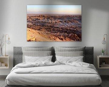 De Valle de la Luna in Chile tijdens zonsondergang van WorldWidePhotoWeb