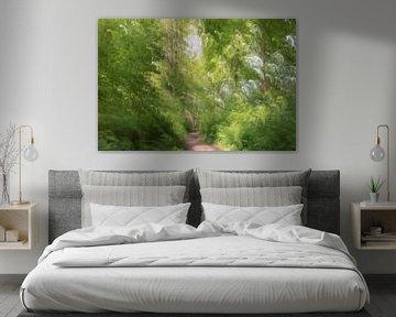 abstract in de groene jungle van Tania Perneel