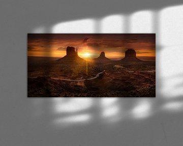 Monument Valley in de USA bij zonsopgang van Fine Art Fotografie