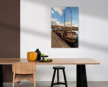 Botters in de haven van Elburg van Meindert Marinus