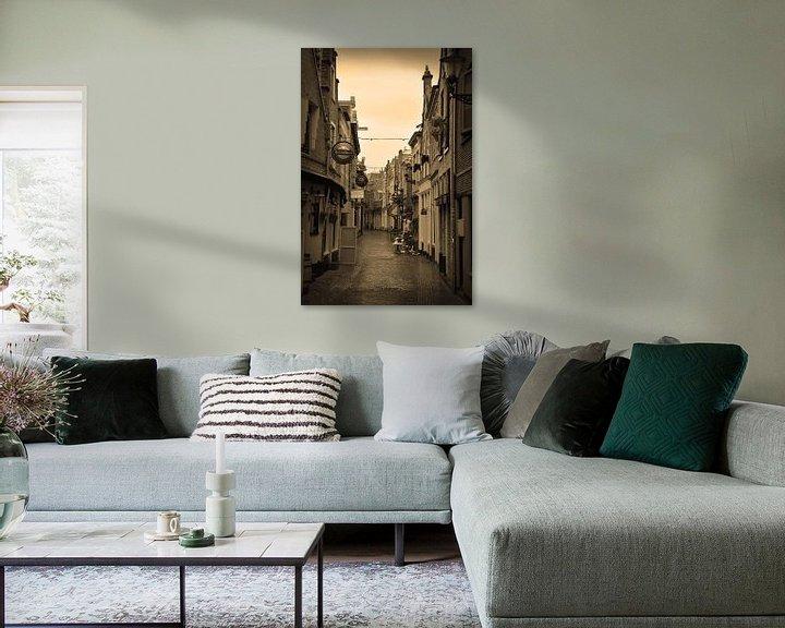 Sfeerimpressie: Alkmaar Noord-Holland Binnenstad Sepia Nederland van Hendrik-Jan Kornelis