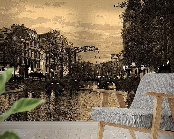 Sfeerimpressie behang: Binnenstad van Amsterdam Nederland Sepia van Hendrik-Jan Kornelis